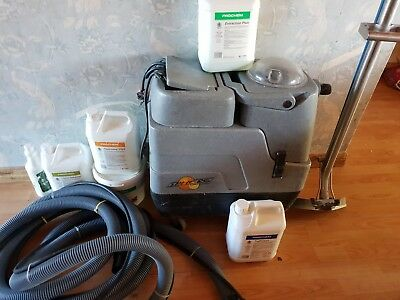 Proffesional carpet cleaning machine
