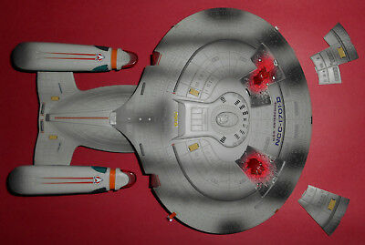 Star Trek Generations Starship Enterprise NCC-1701-D - Playmates - 1994