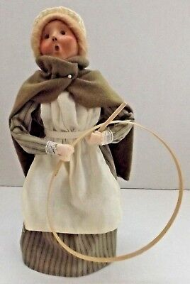 """1998 Byers Choice Williamsburg Caroler Girl with Toy Hoop 9 1/2"""" Tall"""