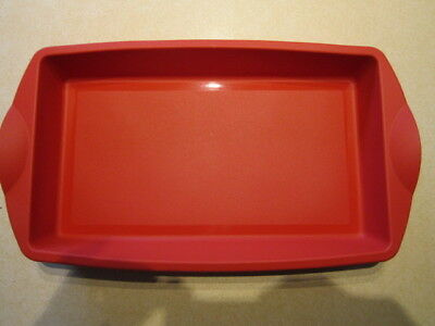 tupperware slice tray red  silicon bakeware