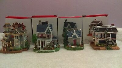 Liberty Falls Christmas villages set of 4 different in boxes EX1337