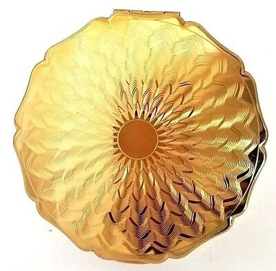 Vintage Stratton England Goldtone DIAMOND CUT Scalopped Compact. NEW!