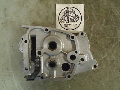 1972 Triumph 650 Tr6 Gearbox Inner Cover Oem T4293