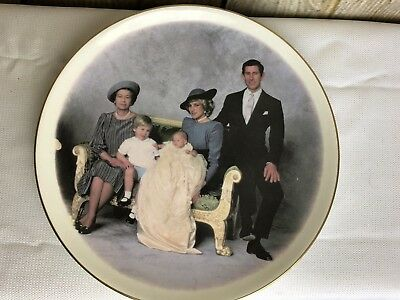 British Royal Family Group Plate Crown Winsor Fine Bone China of England