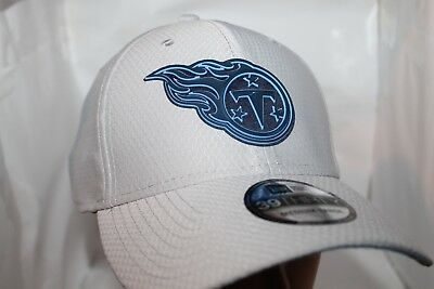 35a23371c49 TENNESSEE TITANS NEW Era 2018 NFL Training Sideline 39Thirty