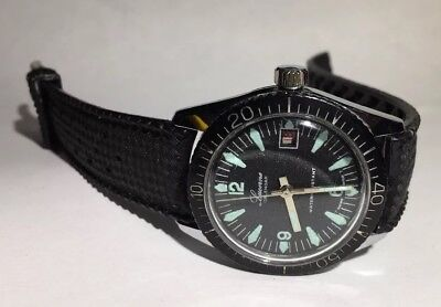 Vintage Lucerne Calendar 12623 Watch 50M Black Band Swiss Made Mechanical Date