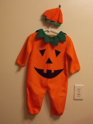 PUMPKIN Infant Halloween Costume with Hat. Size 18 months.