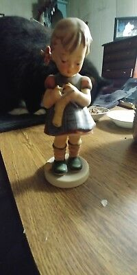 Authentic Hummel A Stitch In Time  7 Inches Tall Tmk-5 W/ Sticker