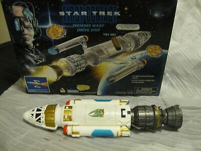 Star Trek First Contact Phoenix Warp Drive Ship, 1996 Playmates Collector's Ed
