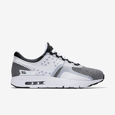 Nike Men's Air Max Zero Essential Running Shoe