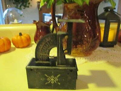 Antique Postal Scale Tole Painted Triner Scale Co. Chicago 1904