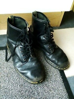 Vintage original pair of Dr Martins boots