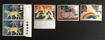 GB 1981 Disabled - Mint Stamp Set (includes traffic light) as seen in photo