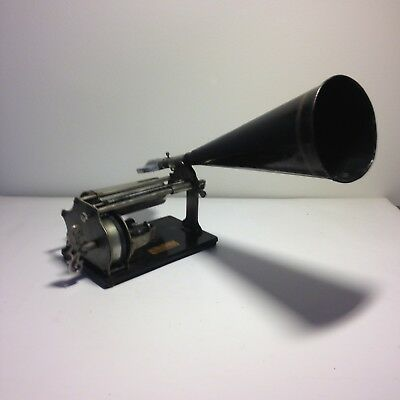 Antique Graphophone Cylinder phonograph