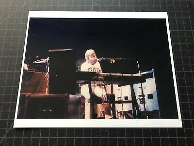 The Grateful Dead Jerry Garcia BRENT MYDLAND color 8 x 10 photo Boston Garden
