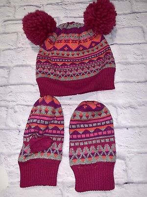 Gap Girls Hat And Mittens  Size M-L