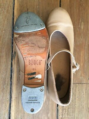 tap shoes Bloch girls 8.5 tan, used in good condition