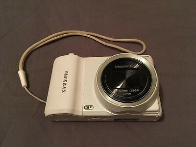 Samsung WB800f Digital Camera White 21x zoom (with Case and Spare battery)