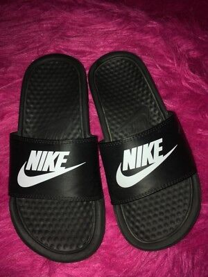 a02eaa507 Youth Boys NIKE Sandals Slides--Black White--Size 3Y-