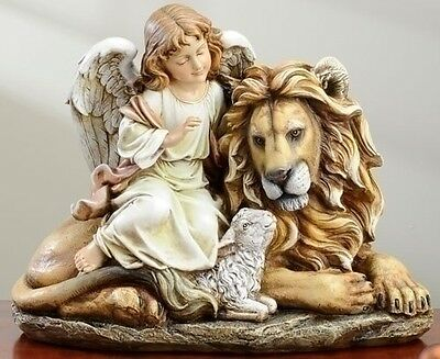 """""""peace On Earth"""" Angel With Lion And Lamb Figurine"""