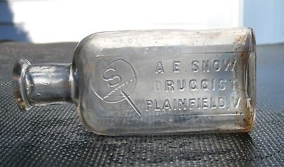 Antique A.E. SNOW  DRUGGIST Medicine Bottle, PLAINFIELD, VT. (Vermont)