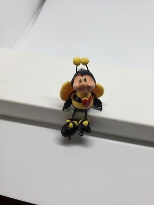 Articulated Bee Pin
