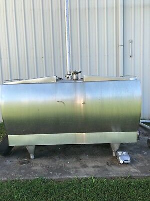 1000 gal Stainless steel double wall tank 7' x 5.5' x 4.5' was refrigerated