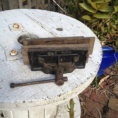 """VINTAGE """"Grip 1305"""" WOODWORKER'S BENCH VICE in good condition for age"""