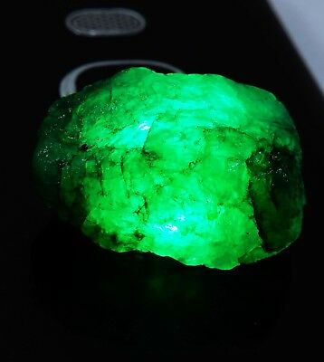 22.75 Ct Natural Certified Colombian Emerald Rough Loose Gemstone AD541