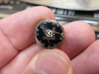 Awesome Masonic Mason Fraternal Black Enamel Screwback Pin  (18j1)