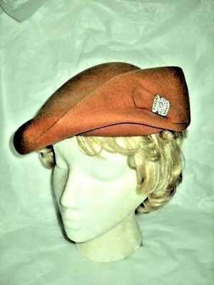 VINTAGE BROWN TILTED HAT WOOL FELT 1930s- 1940s Metal Ornament Merrimac Woman's