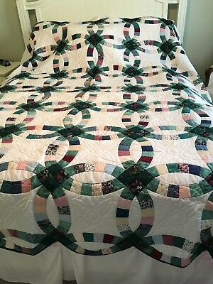 "Amish Quilt, Wedding ring pattern, 87""x102"" Handmade, Millersburg OH"