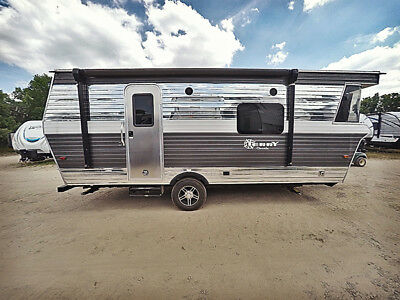 2019 Heartland Terry Classic V22 Front kitchen retro light weight travel trailer