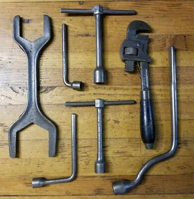 Antique Plumbing Tools Lot • Plumbers Pipe Wrench Steam Fitter Valve Socket USA