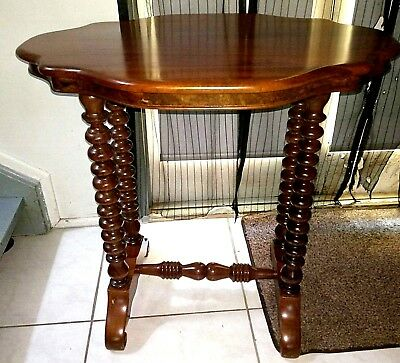 Gorgeous Vintage Style Ornate Side Table - Stained Finish
