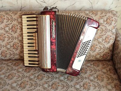Vintage WELTMEISTER Accordion, Vintage Pearl Red WELTMEISTER 48 Bass Accordion