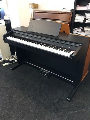 Hadley D10 Digital Piano (Recommended by Teachers) Free Bench, Headphones & Book