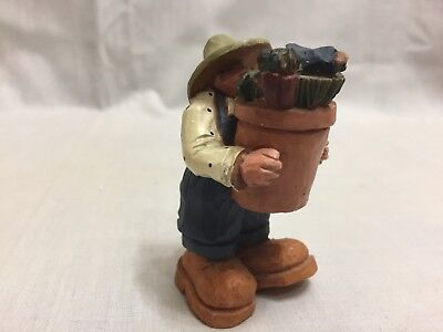 1999 Williraye Studio Boy With Basket And Bird #ww2743 Excellent Condition