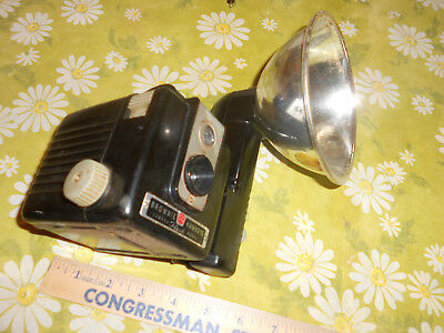 Vintage , Kodak Brownie Hawkeye Camera , W / Flash Attachment