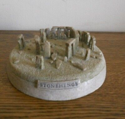 Stonehenge Souvenir Building Replica Historical Model Druid Wiccan Paperweight