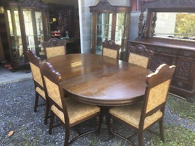 R.j. Horner Rare 10 Pc. Oak Griffin Dining Room Set