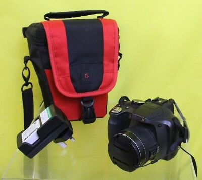 FujiFilm Camera With Carry bag and Charger #DAC 16 JT