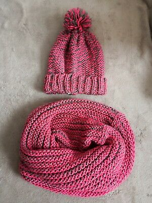 ATMOSPHERE winter knitted hat snood scarf set pink and grey brand new