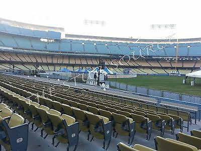 2 Brewers vs Dodgers NLCS Tickets 10/16 Gm 4 9th Row Field Aisle Dodger Stadium