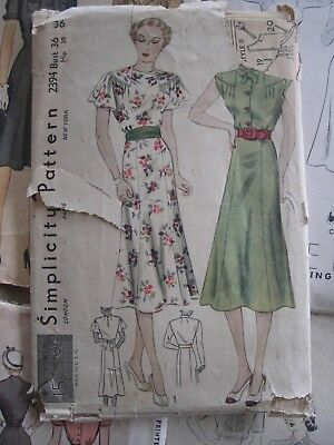 Vintage 1930s Sewing Pattern Ladies Dress Long or Short Sleeve