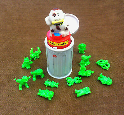 Garbage Pail Kids - Kennel Kenny Pop-Up toy (1985) & 13 Minikins (2013)