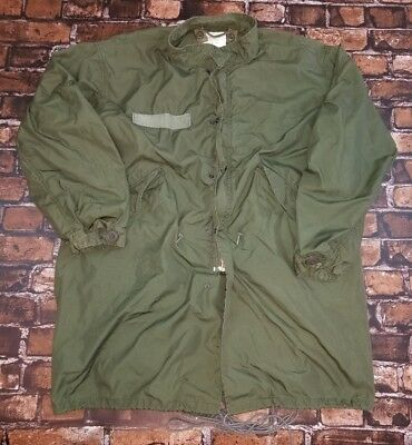 Vintage 1982 US Army Extreme Cold Weather Parka Fishtail Shell Only Size Medium