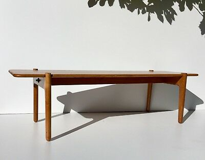 Authentic Hans Wegner Oak Bench / Coffee Table for Johannes Hansen Circa 1950s
