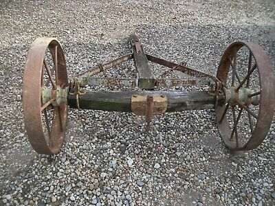Vintage Early Wagon Steel Wheels And Wooden Axle (  Garden , Business Display )