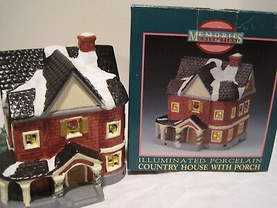 MEMORIES COLLECTION Christmas village lit porcelain Country House with Porch